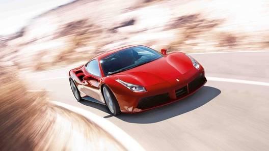 У угонщика Ferrari не хватило денег на бензин