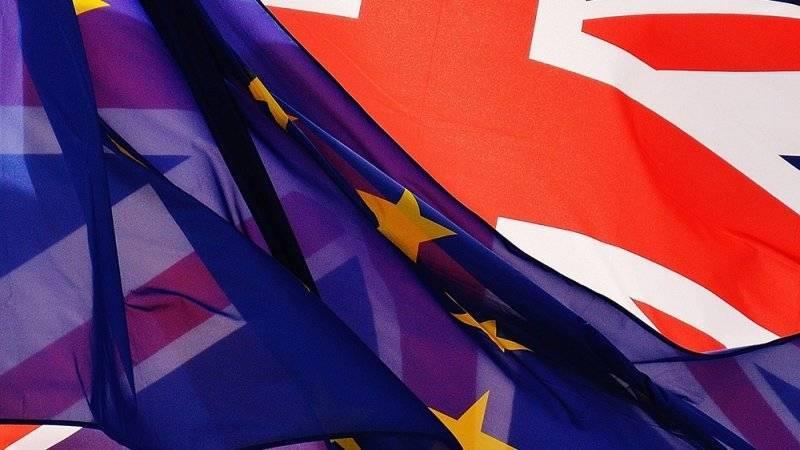 Мэй внесет в парламент Британии новый вариантBrexit
