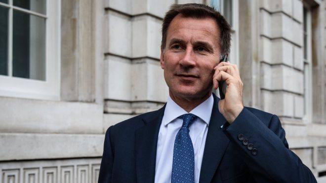 Глава британского МИДа будет бороться за пост премьера