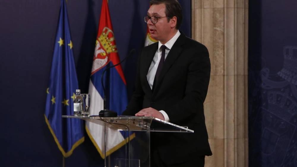 """""""Вучич хочет усидеть на двух стульях"""": Политолог объяснил, почему глава Сербии ведет игру между Западом и Востоком"""