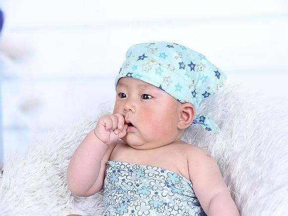 В Петербурге попал в больницу уже третий младенец «для китайцев»