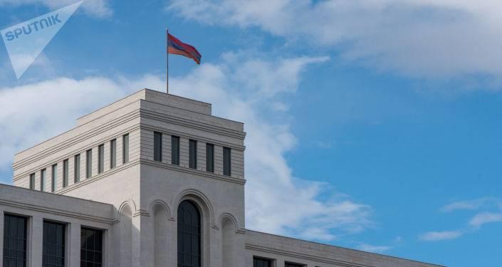 """""""Это свидетельство протеста Франции"""": МИД Армении о резолюции Национального Собрания"""