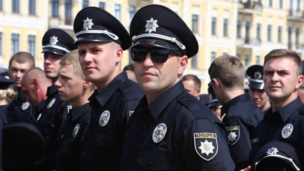 Полиция задержала несколько человек во время протестов около офиса Зеленского