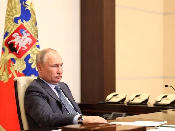 Путин наградил Чайку и Беглова орденами «за заслуги перед Отечеством»