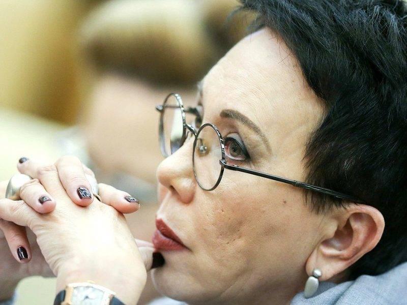 Закон об иноагентах, табачные ограничения, запрет лекарств из США: чем в Госдуме запомнилась Лариса Шойгу
