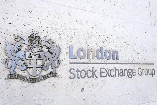 Бумаги российских компаний в основном дорожают на бирже Лондона