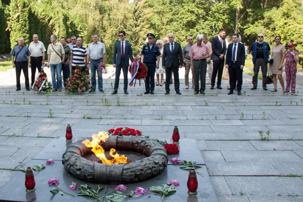 Посольство России в Литве отметило 80-летие начала Великой Отечественной войны