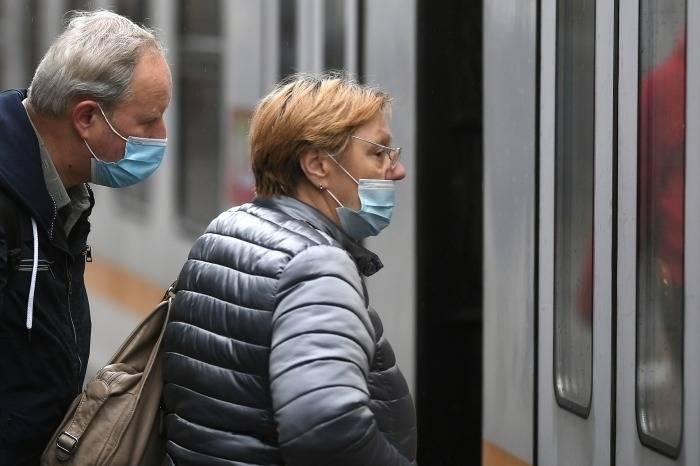 Депутаты просят губернатора Петербурга увеличить траты на проезд льготников по Ленобласти