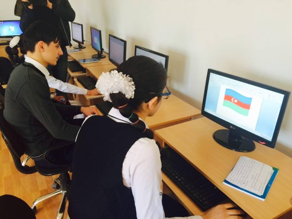 В Азербайджане учителя информатики смогут трудоустроиться в рамках нового проекта