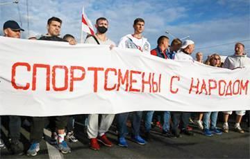 «У Лукашенко какая-то бессистемная истерика»