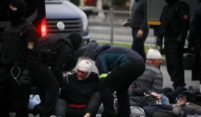 В Минске силовики разогнали мирный «Марш гордости» и задержали более 250 человек