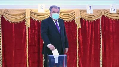 Рахмон получил 90,92% голосов на выборах президента Таджикистана