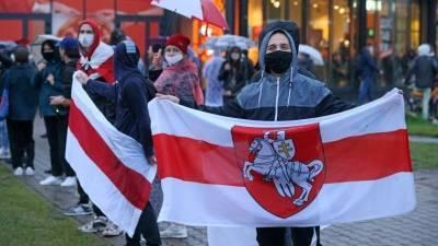 За время протестов в Минске к ответственности привлекли около трех тысяч человек