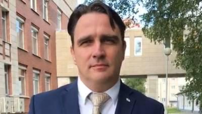 Обвиняемый в педофилии архангельский экс-министр признал вину
