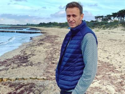 Навальный и глава его фонда Жданов обжаловали арест имущества