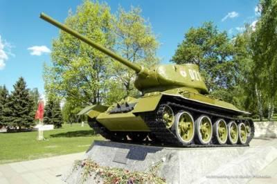 «Берите танки», в Орловской области полковник в отставке готов подарить танк любом желающему