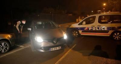Девять человек задержаны по делу об убийстве учителя во Франции