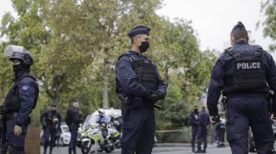 Девятерых задержали по делу обезглавленного учителя во Франции