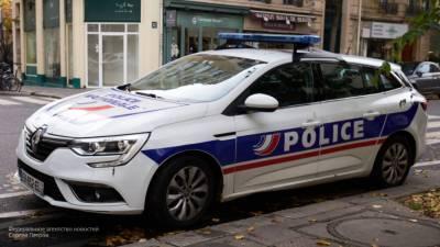 """СМИ Франции назвали """"уроженцем Москвы"""" убийцу учителя в Париже"""