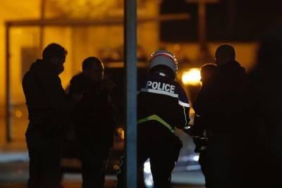 В посольстве прокомментировали причастность убийцы французского учителя к РФ