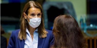 «Сидели рядом на заседании Совета ЕС». Министры иностранных дел Австрии и Бельгии заразились коронавирусом