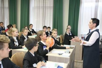 В России учителей не будут заставлять делать прививку от коронавируса