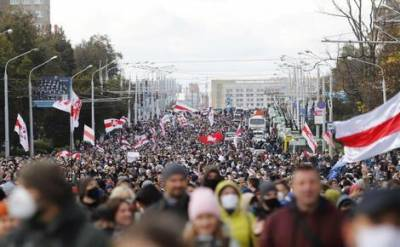 В Минске начались задержания участников оппозиционной акции, которую организаторы назвали «партизанским маршем»