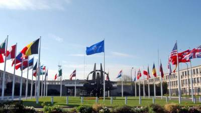 Президент Армении заявил, что НАТО пора спасать свою репутацию