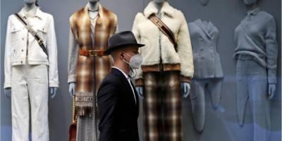 В Чехии заболеваемость коронавирусом вновь побила рекорд: в стране вернули масочный режим на улицах