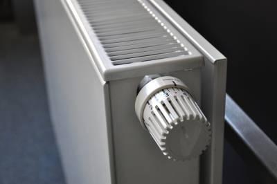 Петербуржцы пожаловались на отсутствие регулировки отопления