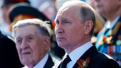 Путин выразил соболезнования родным экс-сенатора Долгих
