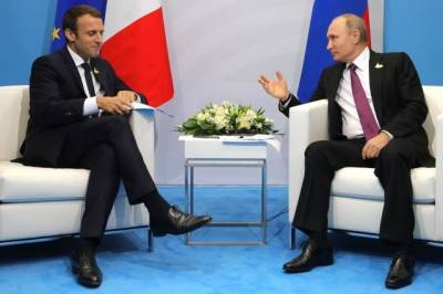 Путин обсудил с президентом Франции ситуацию в Нагорном Карабахе