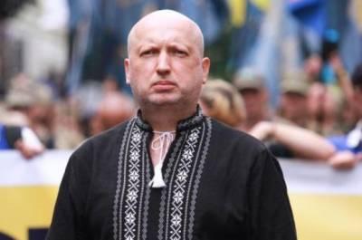 Зеленский занялся разоружением украинской армии — Турчинов