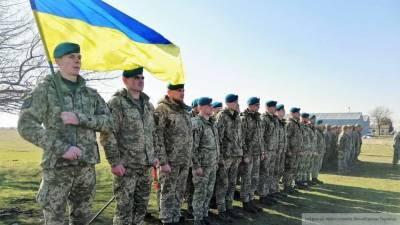 Турчинов пожаловался на системное разрушение украинской армии