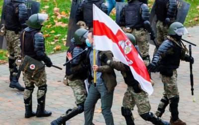 В Беларуси с начала протестов задержали почти 30 тысяч людей
