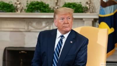 Президент США обвинил СМИ в распространении фейков о коронавирусе