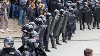 «Я выхожу! А ты?» Почти 100 человек задержано в Минске во время протестов