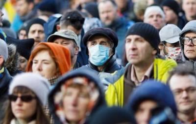 В Украине за сутки почти 11 тысяч случаев COVID