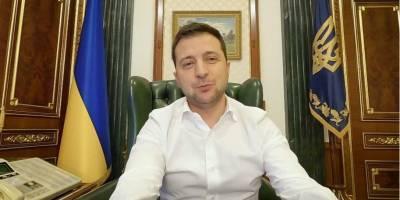 Зеленский вернулся к работе в обычном режиме после победы над COVID-19