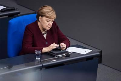 В Германии констатировали ничтожный интерес Меркель к делу Навального