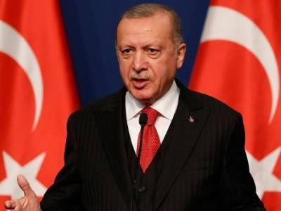 Ситуация в Карабахе: Эрдоган заявил, что Макрон поставит крест на отношениях Франции и Азербайджана