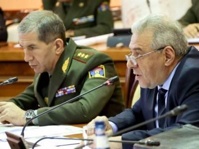 Ситуация в Карабахе: глава Минобороны Армении провел переговоры с Минобороны РФ о наступлении Баку
