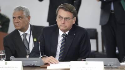 """Президент Бразилии высказал свое категорическое """"нет"""" вакцине от COVID-19"""