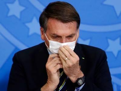 """Президент Бразилии отверг вакцинацию: """"Моя жизнь в опасности? Это моя проблема"""""""