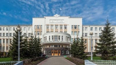 Жители Архангельской области получили право выбрать выходной в конце года