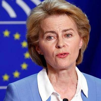 Урсула фон дер Ляйен заявила, что в ЕС неприемлемо нарушение прав ЛГБТ-сообщества