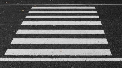 В Новороссийске автоледи сбила двух школьниц на пешеходном переходе