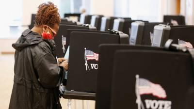 Избирательные источники: к чему могут привести заявления спецслужб США об иностранном «вмешательстве» в выборы