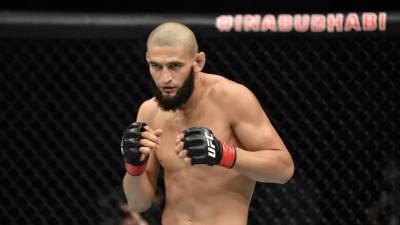 Чимаев вызвал на бой чемпиона UFC в среднем весе Адесанью