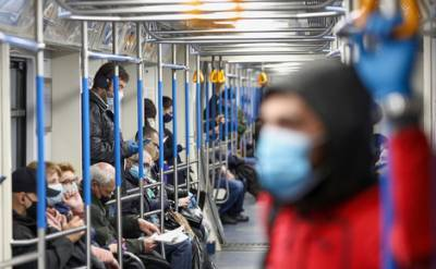 За последние сутки в России выявлено 8 232 новых случая коронавируса